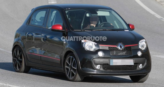 Uslikan novi Renault Twingo RS
