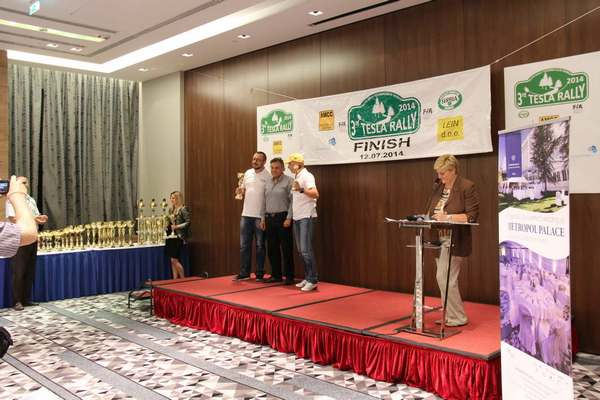 Milovan Vesnić osvojio drugo mesto na Tesla reliju
