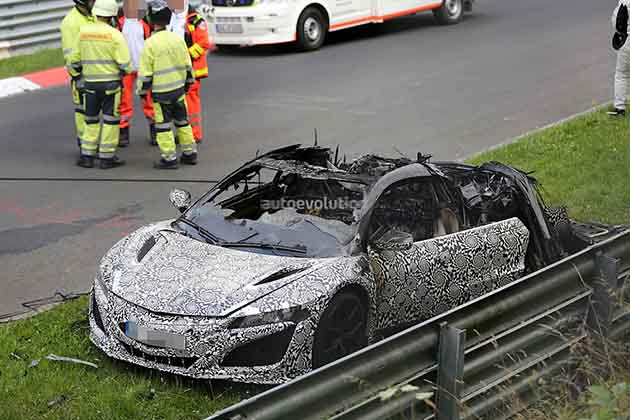 Honda NSX izgorela na Ringu tokom testiranja