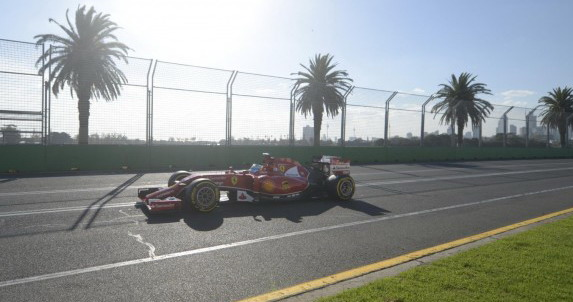 Fernando Alonso i Kimi Raikkonen ostaju u Ferrari
