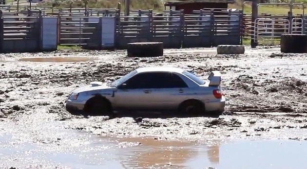 Može li Subaru Impreza WRX STI kroz blato