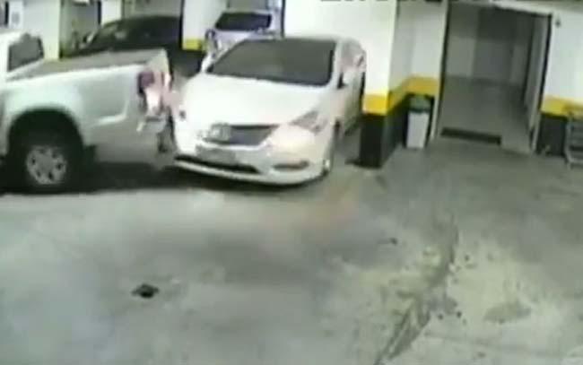 Kad se čovek iznervira oko parkiranja