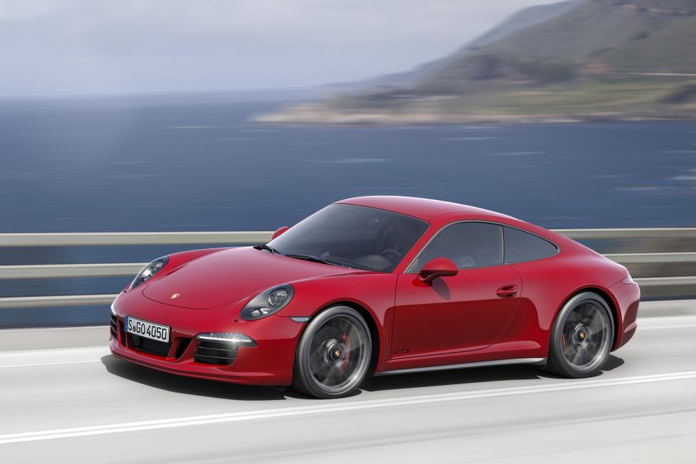 PorscheGTSkupeikabrioletdokrajagodine