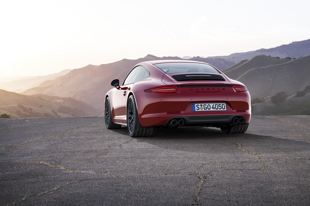Video: Test Porsche 911 4 GTS