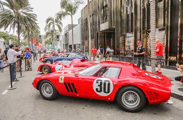 Video:Ferrari anaulicamaKalifornije
