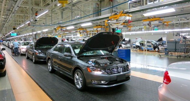 Volkswagen Passat je toliko lak za krađu da ga sad kradu i iz fabrike