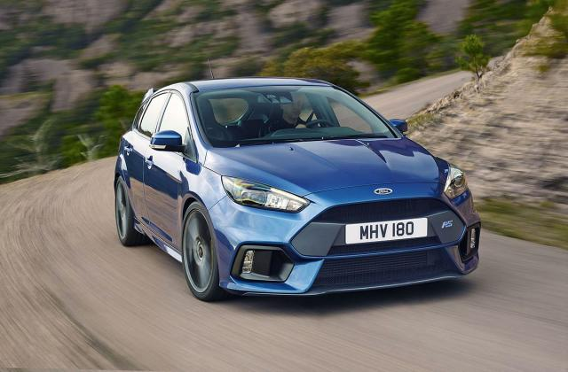 Ford Focus RS ima 350 KS