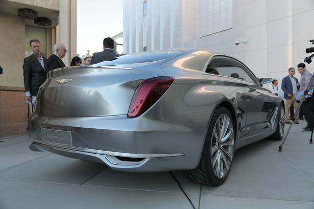 Test: Hyundai Vision G Coupe Concept [Video]