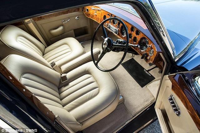 Kit Ričards prodaje svoj Bentley [Galerija]
