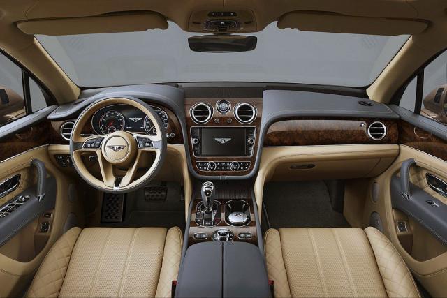 Bentley predstavio kralja luksuznih terenaca