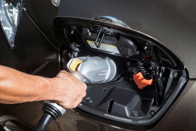 NissanLeafdobijaautonomijuodkm