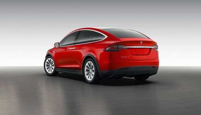 Tesla Model X izgleda ovako [Galerija]