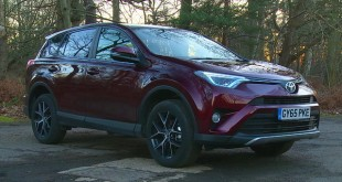 Test:ToyotaRAV[Video]