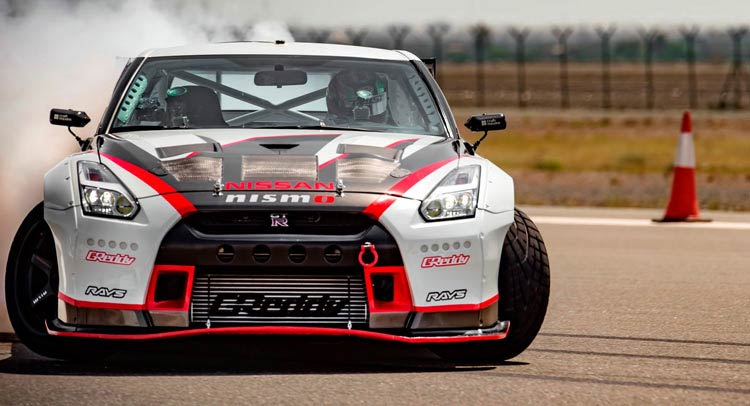 2016-nissan-gt-r-drift-record-4