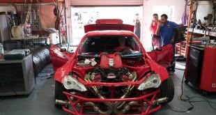 Toyota GT86 sa Ferrari 458 motorom
