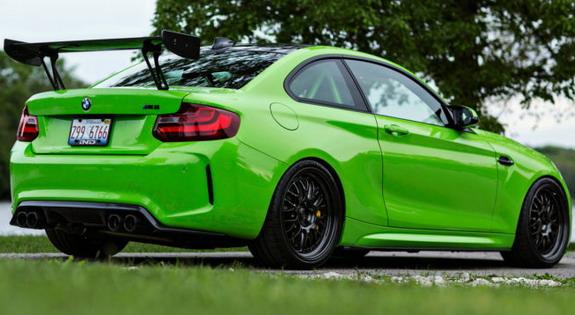 BMW-M2-Gelbgrun-3