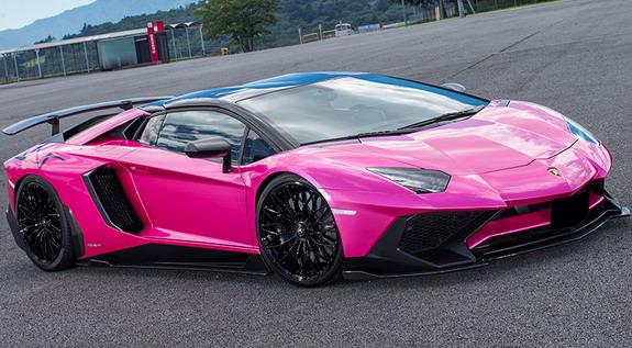 Liberty-Walk-Lamborghini-Aventador_SV-1