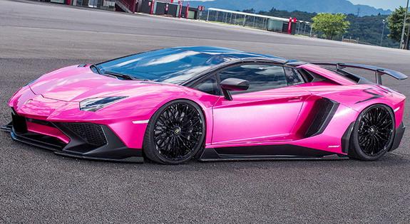 Liberty-Walk-Lamborghini-Aventador_SV-2