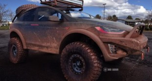 Tesla-Model-X-Off-Road-1