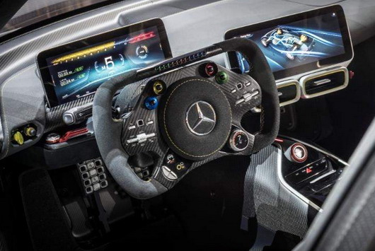 Mercedes-AMG-Project-One-foto-3