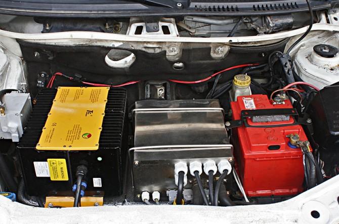 srpski elektricni-automobil 4