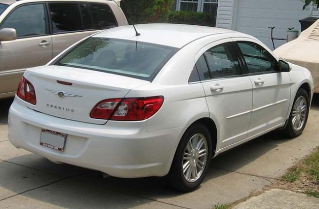 Chrysler-Sebring-sedan-rear