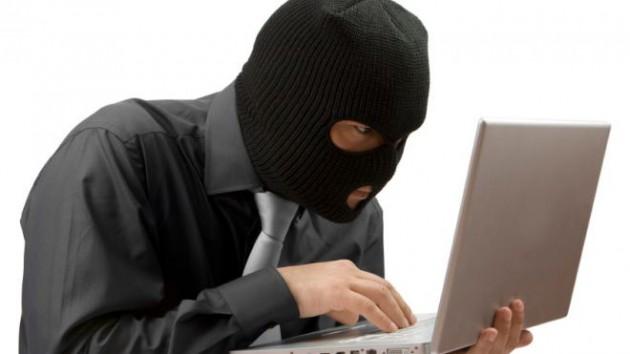 kradja-automobila-kompjuterom
