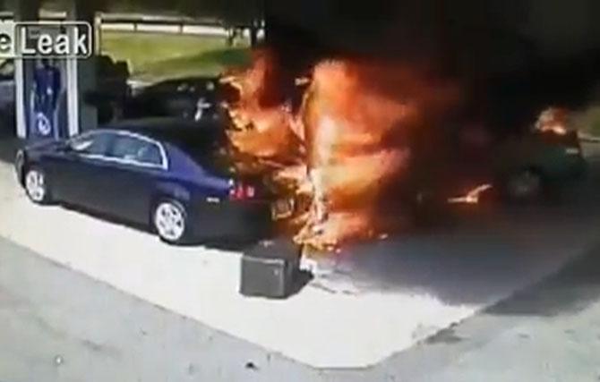 Herojski podvig spašavanja čoveka iz gorućeg automobila
