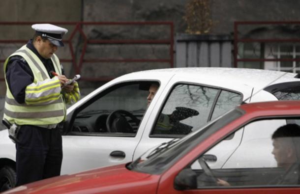 Donešen zakon ograničenja brzine za mlade vozače