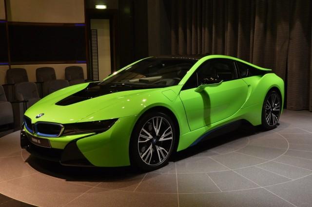BMW-i8-Lime-Green-2