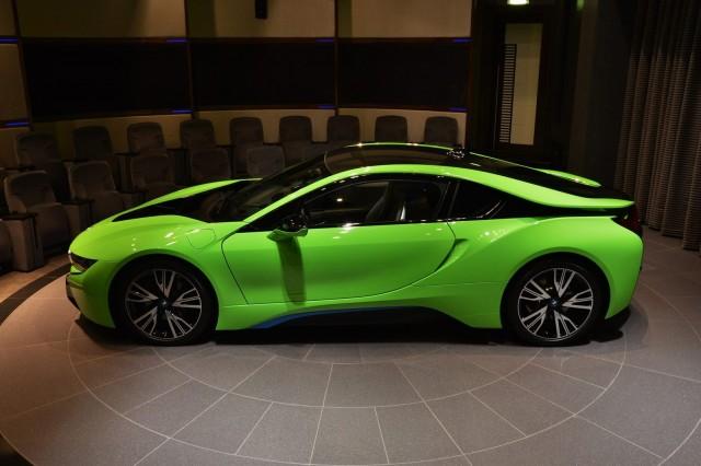 BMW-i8-Lime-Green-3