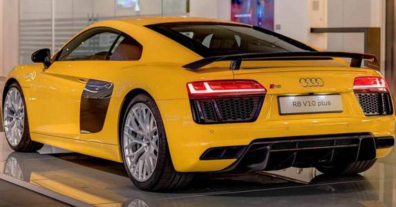 Audi-r8-2015-zuta