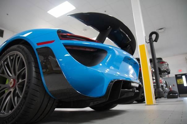 Porsche-918-Spyder-blue-plavi-6