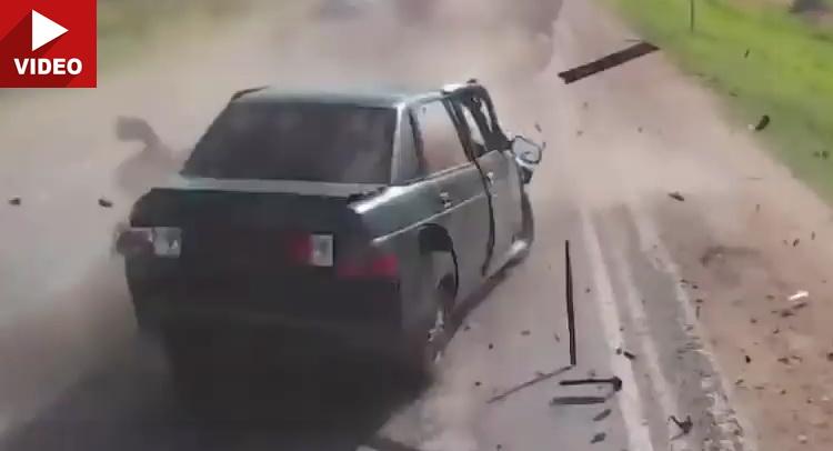 VozačizRusijeizazvaonezgodu&#;krajnjeuznemiravajućsadržaj[VIDEO]