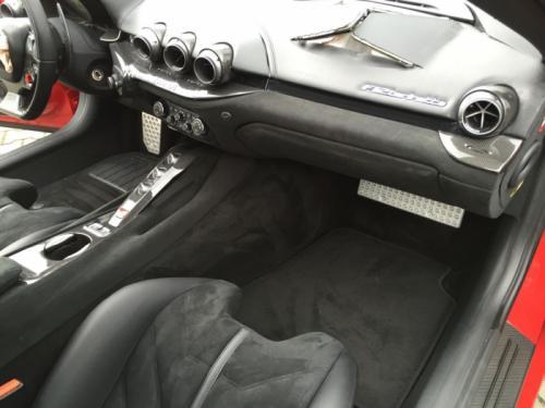 Ferrari-F12-unisten-2