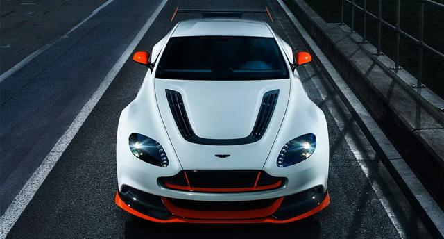 Test: Aston Martin Vantage GT12 [Video]