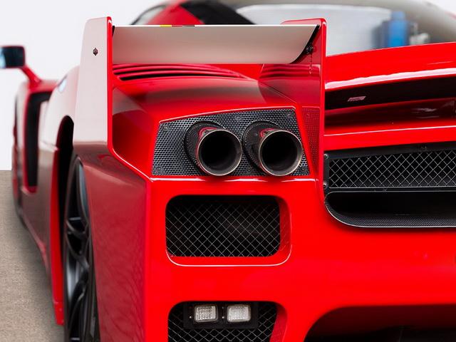 Ferrari FXX sa Šumaherovim potpisom na aukciji