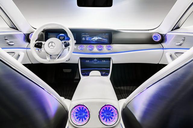 Mercedesov koncept budućnosti menja oblik u vožnji?