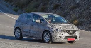Novi Renault Scenic uhvaćen na slici