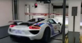 Porschejetolikonizakdaprođeispodrampe[Video]