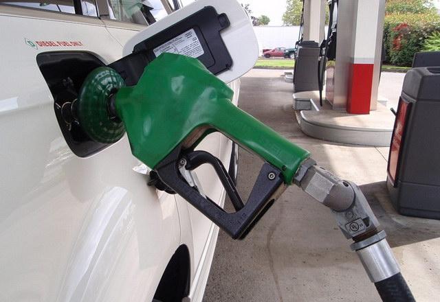 dizel_tocenje_goriva