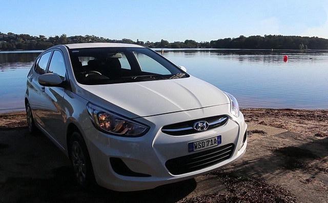 hyundai_accent_2015_review_drive_com_au_1