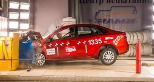 """Lada Vesta prošla """"crash test"""" sa visokom ocenom"""