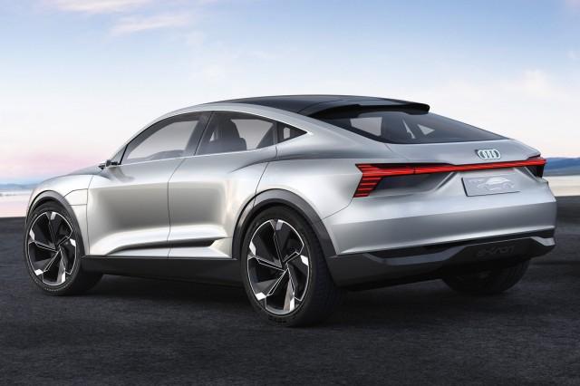 Audi-E-Tron-Sportback-2