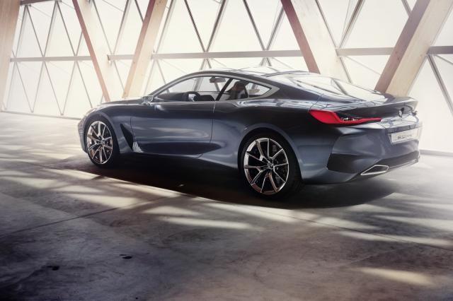 BMW-Serija 8-4