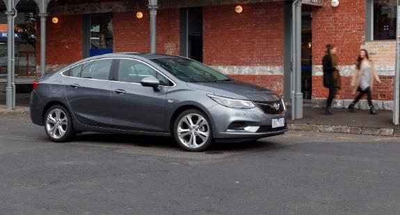 Holden-Astra-2