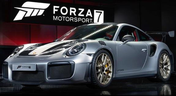 Porsche-911-GT2-RS-1