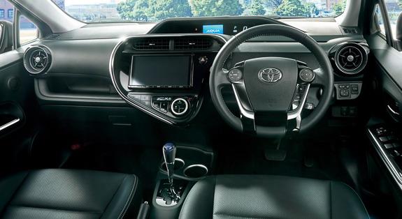 Toyota-Aqua-4