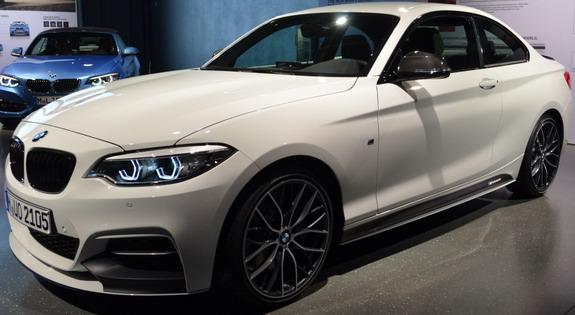 BMW-M240i-M-Performance-2