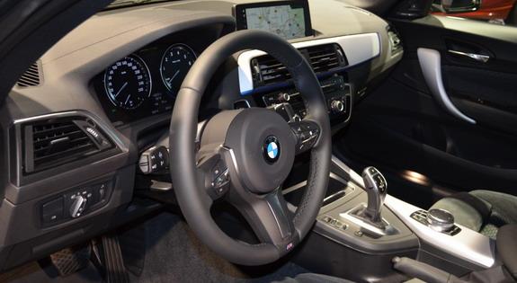 BMW-M240i-M-Performance-4